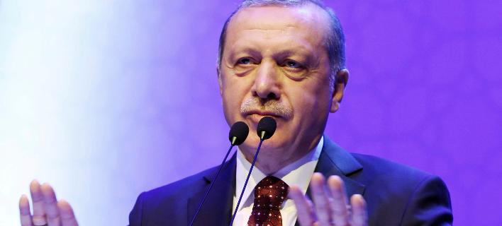 Πυρά Βέμπερ και Σουλτς κατά Ερντογάν: Θρασύς και ανάξιος