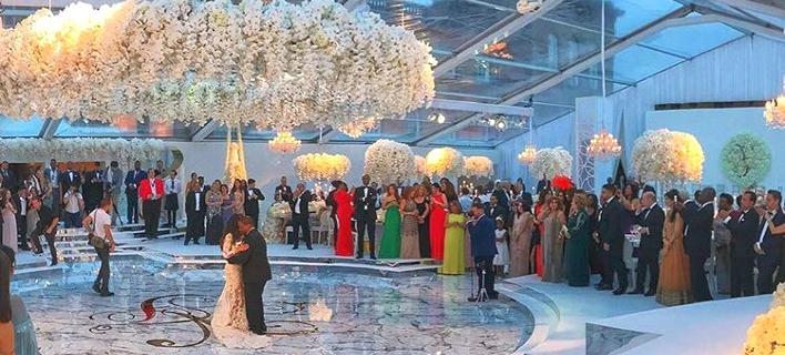Ο γάμος των 6 εκατ ευρώ: Σε ανάκτορο στην Αγγλία, με χρυσές λεπτομέρειες και 12όροφη τούρτα [εικόνα]