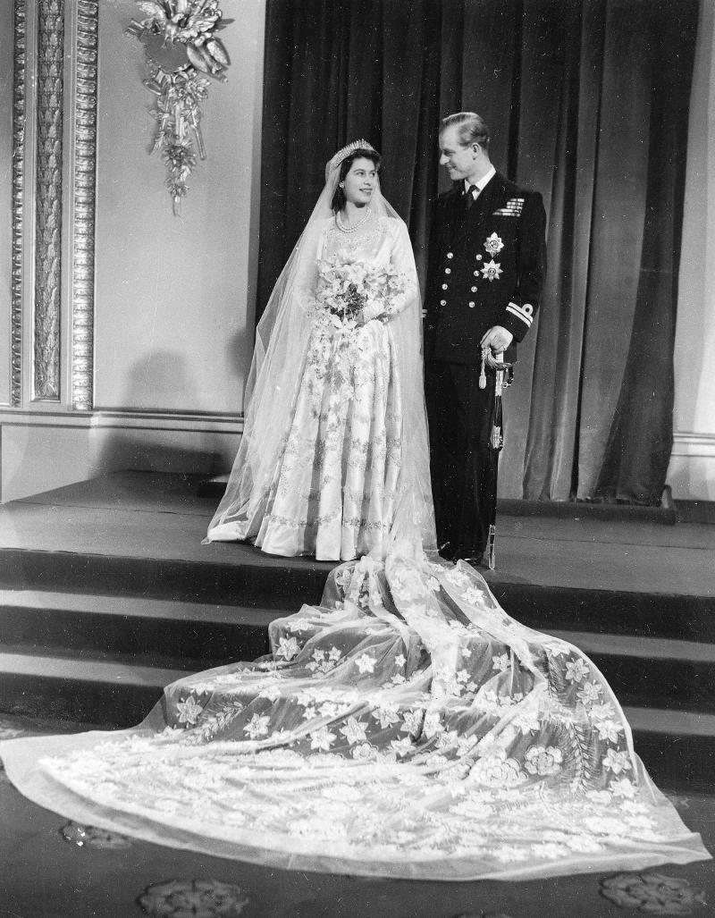Ο γάμος της βασίλισσας Ελισάβετ και του πρίγκιπα Φίλιππου. Φωτογραφία: AP