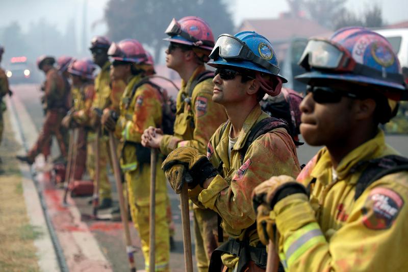 Φλέγονται οι ΗΠΑ: Πάνω από 100 πυρκαγιές σε όλη την χώρα (εικόνες)