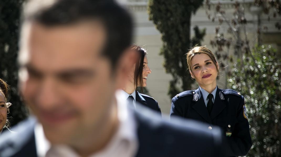 Χαμογελάτε: Το πνεύμα της περιφερειακής διευθύντριας αλυσίδας σούπερ μάρκετ, έχει εμπεδωθεί παντού -Φωτογραφία: Nikos Libertas / SOOC