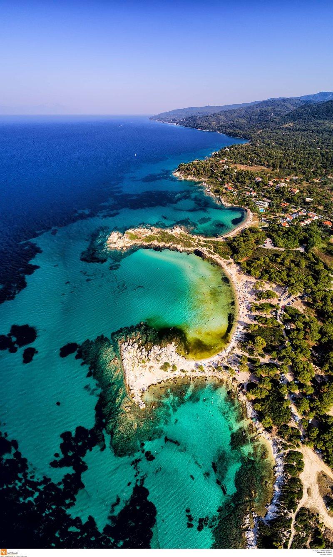 Εκτενές δημοσίευμα για τις πεντακάθαρες παραλίες