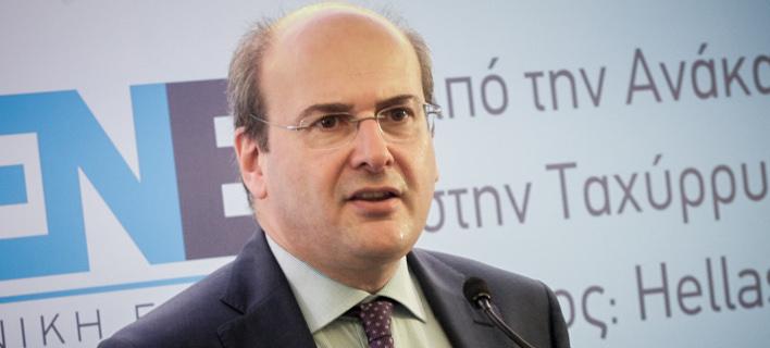 Xατζηδάκης: Οι ΣΥΡΙΖΑΝΕΛ πανηγυρίζουν, αλλά μισθωτοί και συνταξιούχοι χάνουν χρήματα