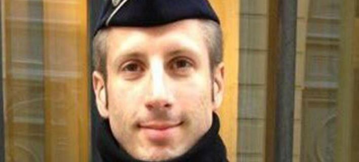 Αυτός είναι ο αστυνομικός που εκτέλεσαν στο Παρίσι -Εζησε και το μακελειό στο Bataclan [εικόνα]
