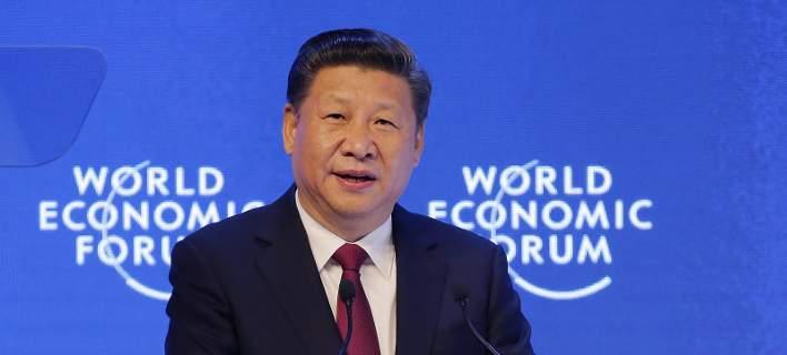 Ιστορική στιγμή: Η Κίνα τρέφει όνειρα παγκόσμιας κυριαρχίας απέναντι στον Τραμπ