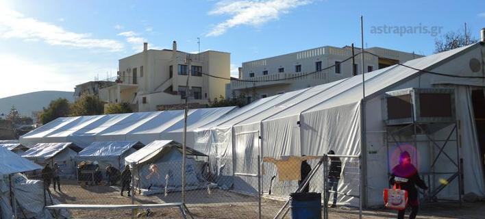 Χίος: ΙΧ εισέβαλε στον προσφυγικό καταυλισμό της Σούδας [εικόνες]