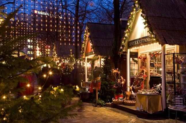Οι εντυπωσιακές χριστουγεννιάτικες αγορές που στήνονται ...