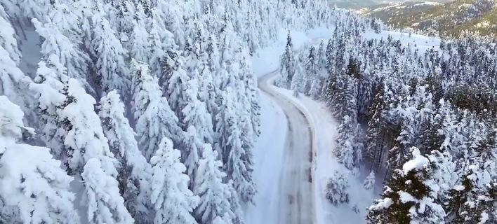 Η χιονισμένη Ευρυτανία στα... λευκά από ψηλά [βίντεο]