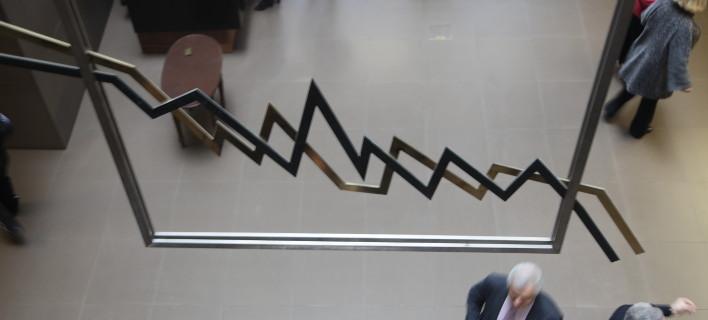 Μικρή πτώση στο Χρηματιστήριο (Φωτογραφία: EUROKINISSI/ΓΙΑΝΝΗΣ ΠΑΝΑΓΟΠΟΥΛΟΣ)