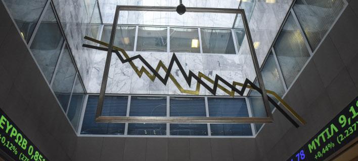 Πτώση στο Χρηματιστήριο (Φωτογραφία: EUROKINISSI/ΤΑΤΙΑΝΑ ΜΠΟΛΑΡΗ)