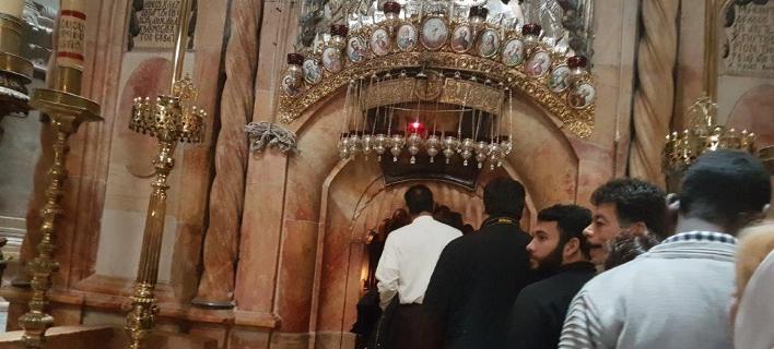 Χριστούγεννα στην Ιερουσαλήμ -Το κλίμα στον Ιερό Ναό του Παναγίου Τάφου /Φωτογραφία: ΑΠΕ-ΜΠΕ