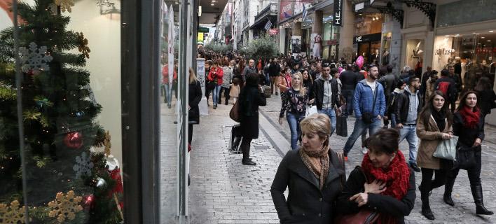 Εορταστικό ωράριο -Πώς θα λειτουργήσουν τα καταστήματα σήμερα και αύριο /Φωτογραφία: Intime News