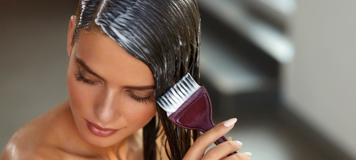Περιποίηση μαλλιών/ Φωτογραφία: Shutterstock