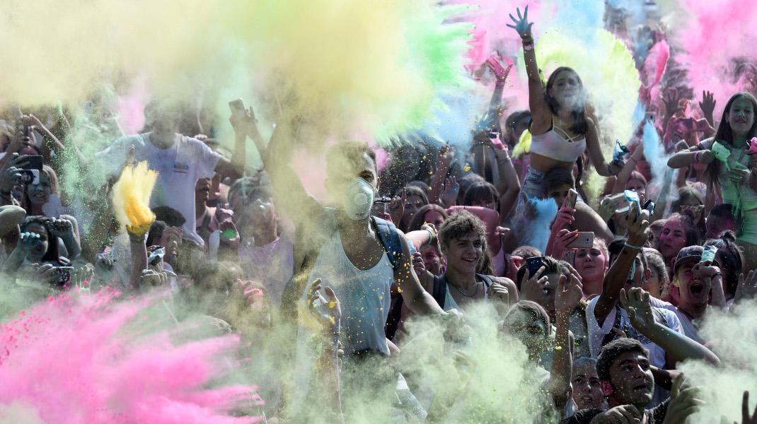 «Ημέρα με τα χρώματα» στο Φεστιβάλ Θέρμης στη Θεσσαλονίκη -Φωτογραφία: Intimenews/ΠΑΠΑΝΙΚΟΣ ΓΙΑΝΝΗΣ