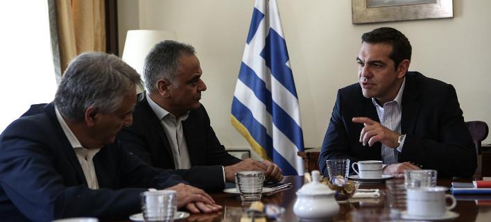 ΥΠΕΣ: Ερχεται «συνολική λύση» για συμβασιούχους σε Δημόσιο και ΟΤΑ    Πηγή: ΥΠΕΣ: Ερχεται «συνολική λύση» για συμβασιούχους σε Δημόσιο και ΟΤΑ | iefimerida.gr