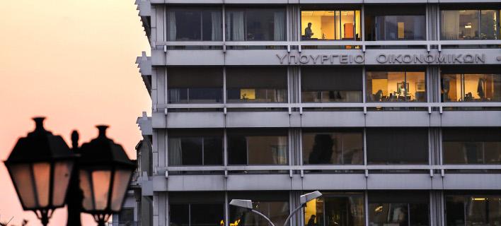 Οικονομικό «Κραχ» στα έσοδα Αυγούστου του ΥΠΟΙΚ - Εξανεμίστηκε το «μαξιλάρι» που υποσχέθηκε ο Αλέξης Τσίπρας στη ΔΕΘ