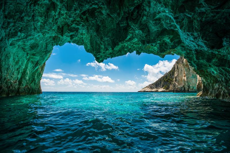 Ποια Blue Monday; Το ελληνικό μπλε διώχνει τη μελαγχολία