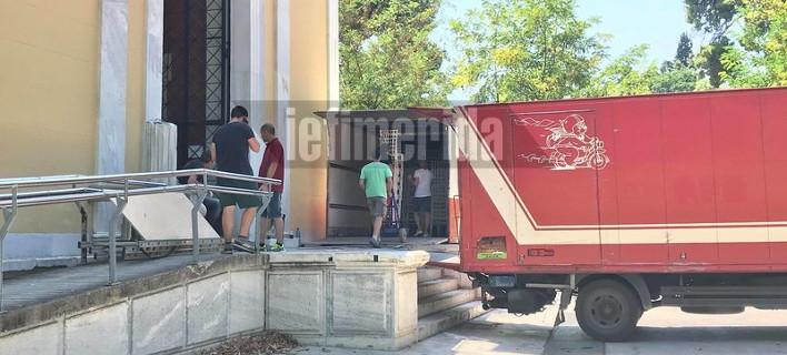 Αρχισαν οι ετοιμασίες στο Ζάππειο για την απογευματινή φιέστα Τσίπρα-Καμμένου [εικόνες]
