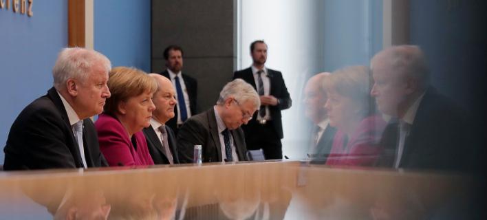 Ο νέος υπουργός Εσωτερικών Χορστ Ζέεχοφερ ανήκει στην συντηρητική Χριστιανοκοινωνική Ένωση (CSU)/ Φωτογραφία: ΑΡ