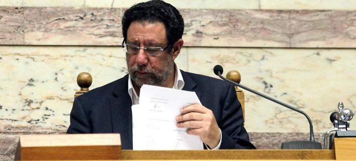 Βουλευτής του ΣΥΡΙΖΑ επιτίθεται σε εφημερίδα επειδή άσκησε κριτική στην κυβέρνηση [εικόνα]
