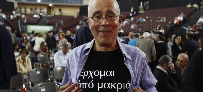 Ζουράρις: Σεσηπότα ντουβάρια, βεβορβορωμένη ασχετίλα με πλαστογράφησαν