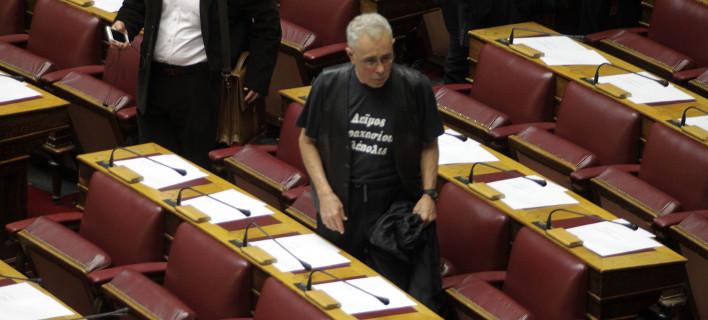 Ζουράρις: Θα στηρίζω τις προτάσεις ΣΥΡΙΖΑ ακόμη κι αν προτείνει την προσάρτηση της Μακεδονίας στα Σκόπια ή τη Χιλή