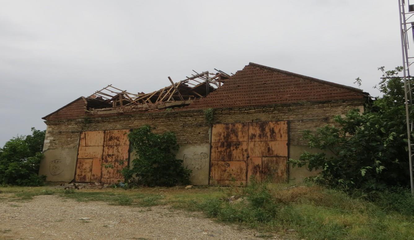 Κατεστραμμένο σπίτι μετά την κακοκαιρία στη Χαλκιδική