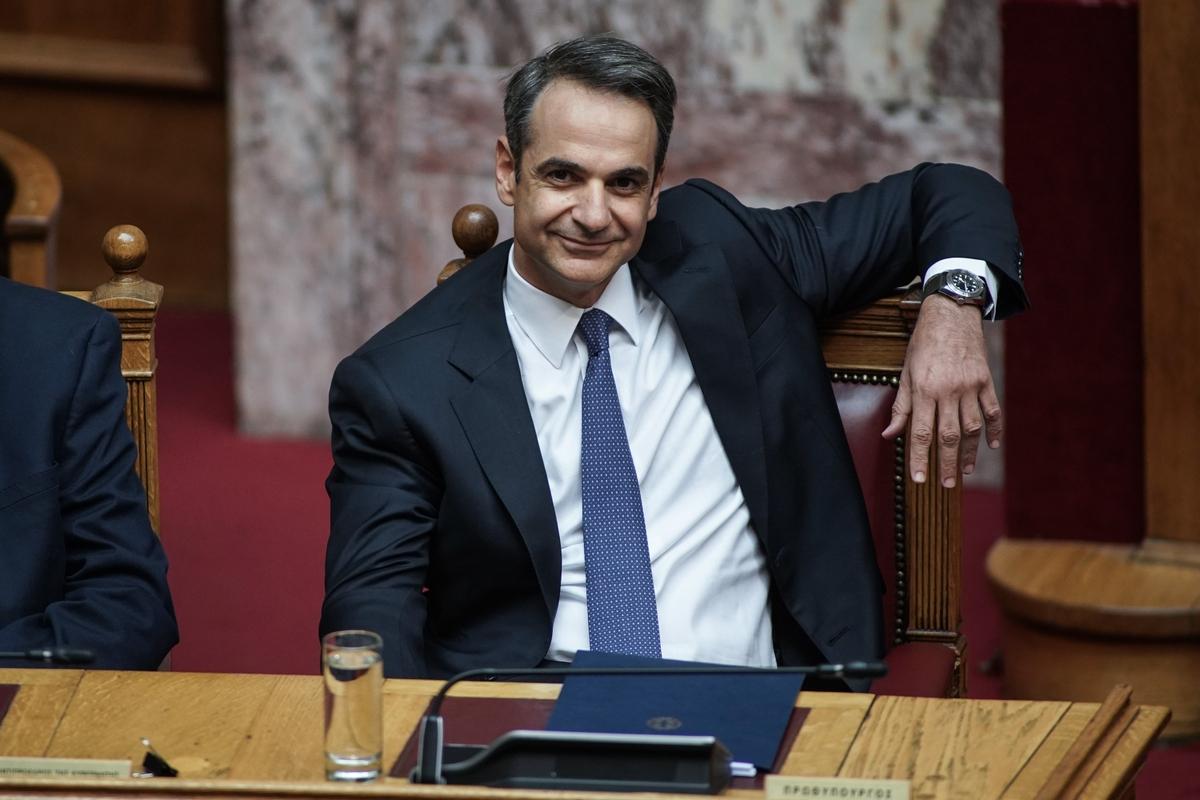 Ο Κυριάκος Μητσοτάκης εξήγγειλε μέτρα-έκπληξη για μειώσεις φόρων