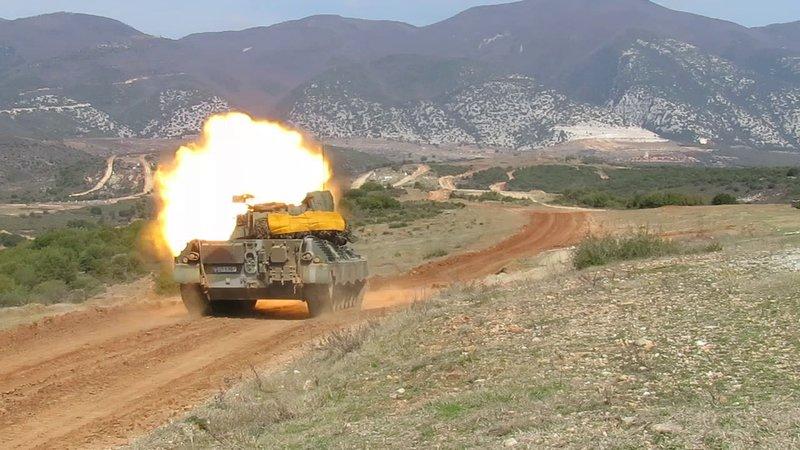 Δύναμη πυρός από τα τεθωρακισμένα του ελληνικού στρατού