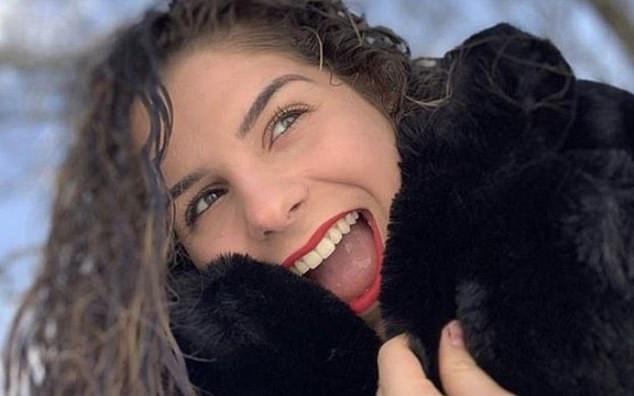 Η άτυχη 16χρονη Τζούλι από τη Γαλλία