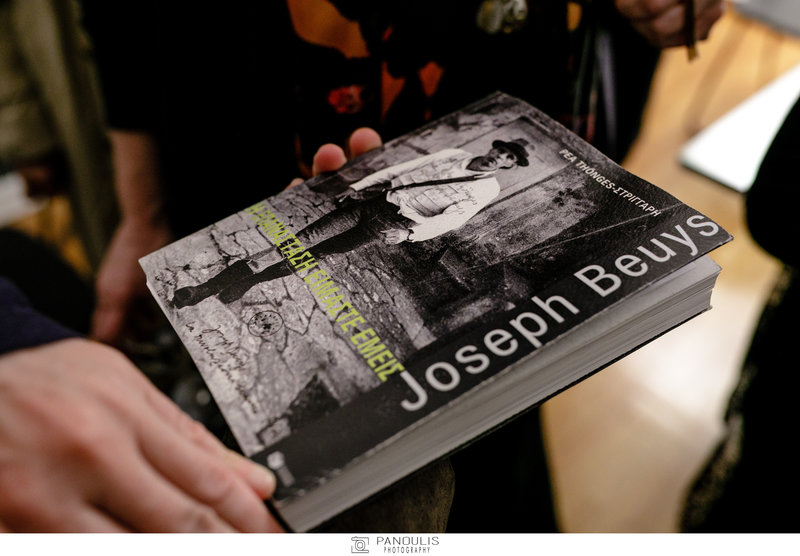 Βιβλίο για τον Γιόζεφ Μπόις