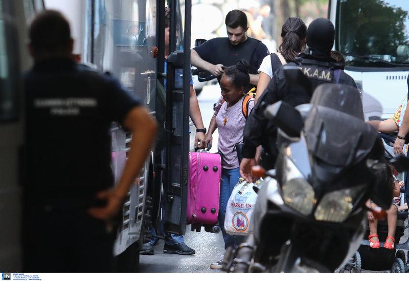 Μετανάστες στα Εξάρχεια
