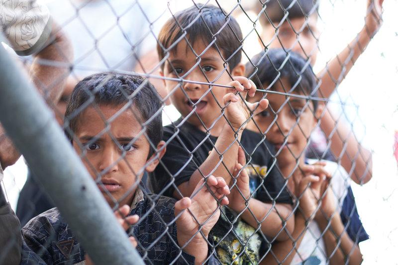Προσφυγόπουλα στο hot spot της Σάμου.