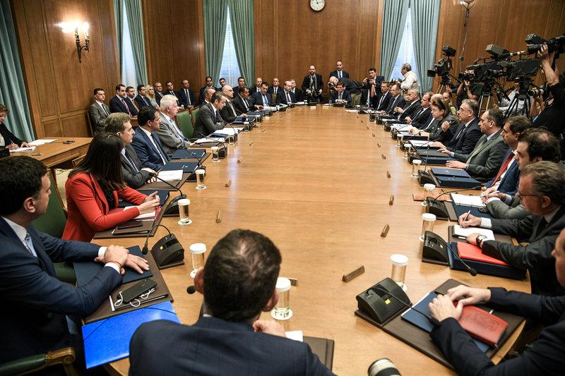 Σύσσωμο το υπουργικό συμβούλιο