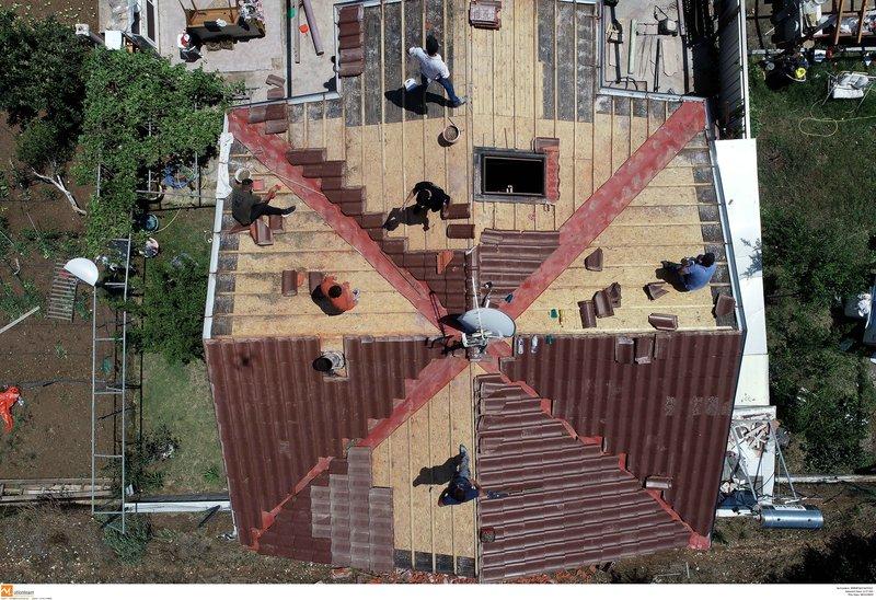 Αλλο ένα σπίτι υπέστη τεράστιες υλικές καταστροφές.