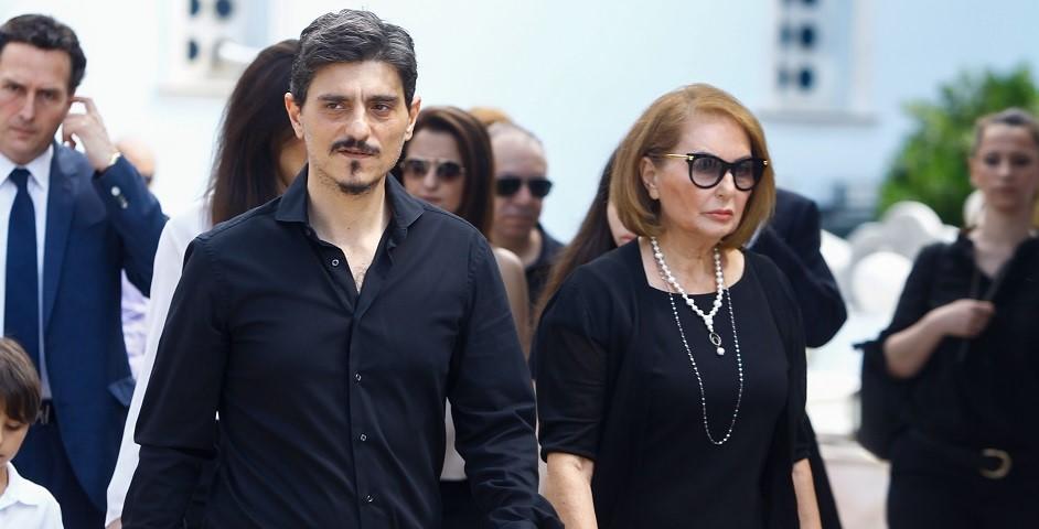 Ο Δημήτρης Γιαννακόπουλος με την μητέρα του