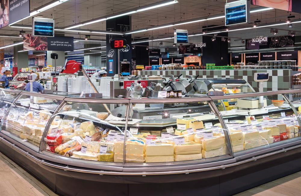 Delicatessen με εκλεκτά τυριά και αλλαντικά