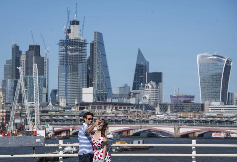 Το Σίτι του Λονδίνου, οικονομική καρδιά της βρετανικής πρωτεύουσας .