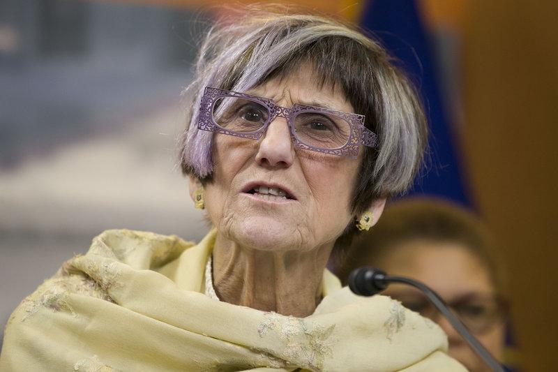 H γερουσιαστής των Δημοκρατικών, Ρόζα Ντε Λάουρο, σύζυγος του Σταν Γκρίνμπεργκ.