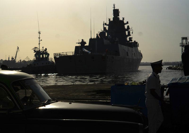 Η προηγμένη ρωσική φρεγάτα έδεσε στην Αβάνα, όχι πολύ μακριά από τις αμερικανικές ακτές.