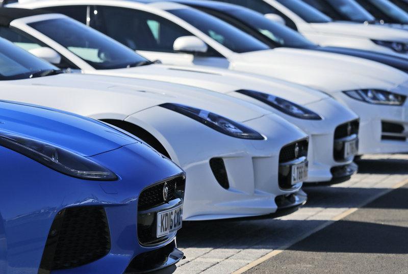 Στις βρετανικές αυτοκινητοβιομηχανίες έχει σημάνει συναγερμός ενόψει ενός άτακτου Brexit .