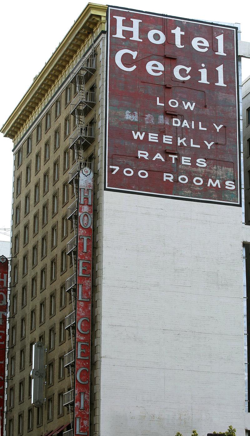 To μυστήριο που περιβάλλει το Hotel Cecil αποτελεί πόλο έλξης για τους τουρίστες.