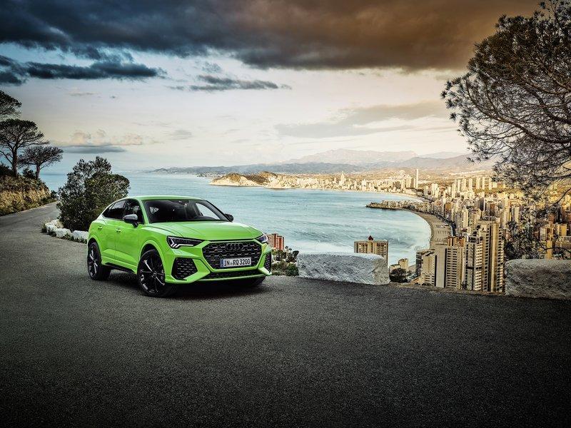 Oι Γερμανοί της Audi αποκαλύπτουν τις κορυφαίες εκδόσεις των Q3 & Q3 Sportback, οι οποίες εξοπλίζονται με το 2,5 λίτρων 5κύλινδρο μοτέρ βενζίνης των 400 ίππων.