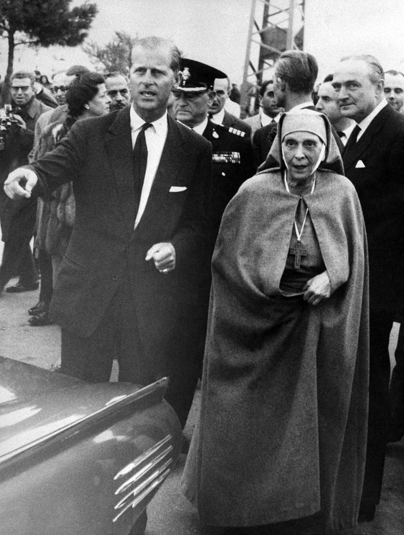 O Φίλιππος και η Αλίκη στο αεροδρόμιο του Ελληνικού το 1961