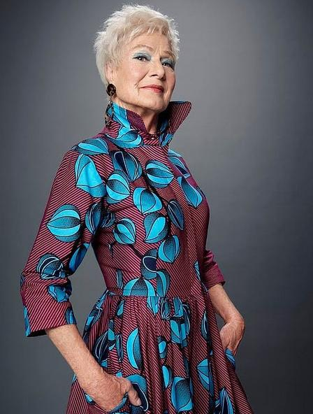 Η Μπέτι Χόουιτ έγινε μοντέλο σε ηλικία 80 ετών, καθαρά από θέμα τύχης