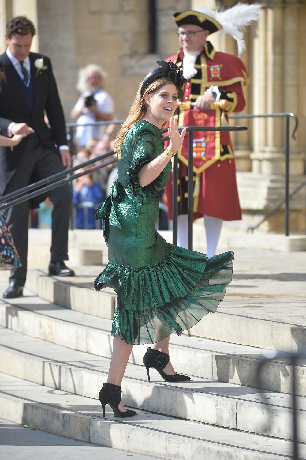 Η πριγκίπισσα Βεατρίκη στον γάμο της φίλης της Έλι Γκούλντινγκ