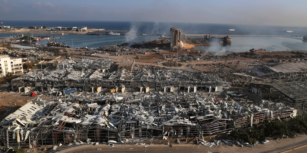 H ζώνη της καταστροφής στο λιμάνι της Βηρυτού