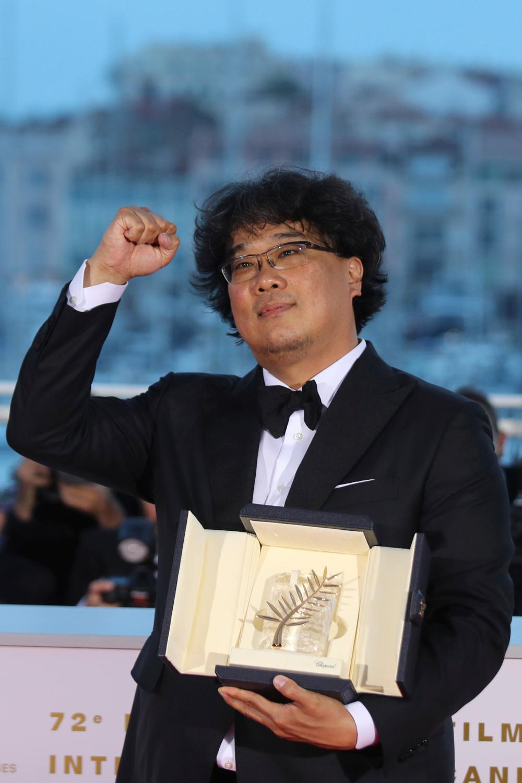 Χρυσός Φοίνικας στον Μπονγκ Τζουν-Χο για την ταινία «Parasite»