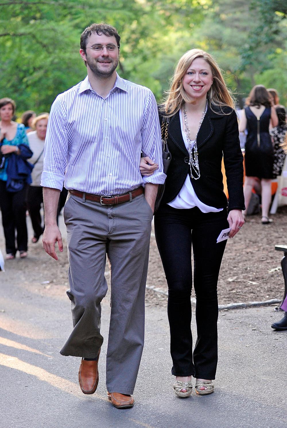Η Τσέλσι Κλίντον με τον σύζυγό της Μαρκ Μεζβίνσκι