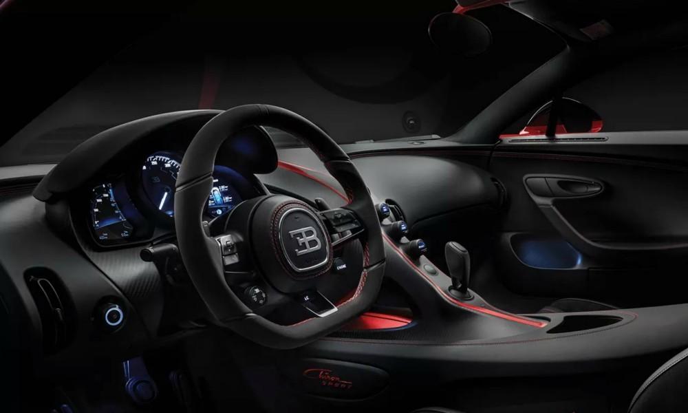 Δέος και με την εικόνα από το εσωτερικό της Bugatti Chiron